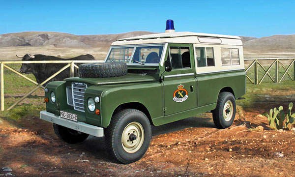 militaire Italeri Land Rover 109 Guardia Civil