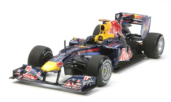 voiture Tamiya Red Bull Renault RB6